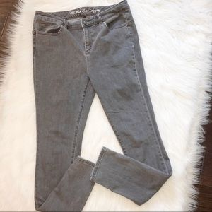 Victoria's Secret size 12 mid rise jean legging
